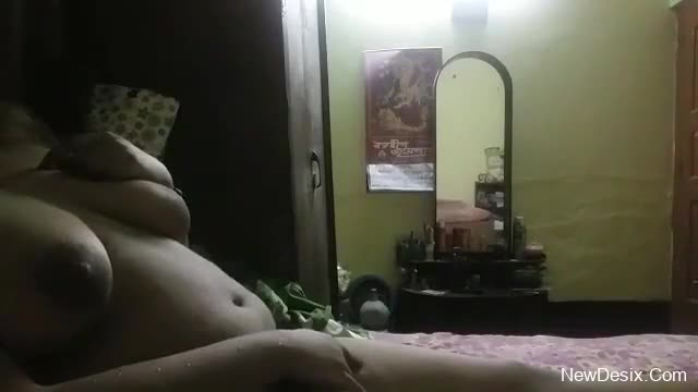 Big boobs desi girl Paro self musterbet when alone at home