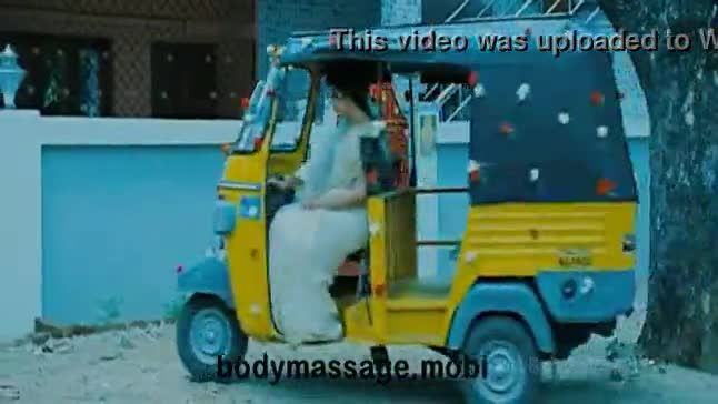 Anjali Vathikuchi Tamil Movie scene