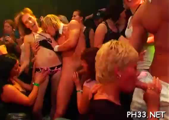 Blonde girls wants to be fucked hard and gets thick black dick in arse
