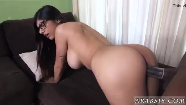 Cute muslim and real cheating Mia Khalifa Tries A Big Black Dick