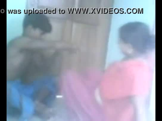 Indian amateur maid homemade sex recorded by hidden cam